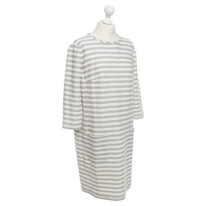 Laurèl Kleid mit Streifenmuster
