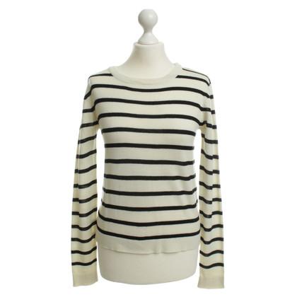 Gestuz Pullover mit Streifen