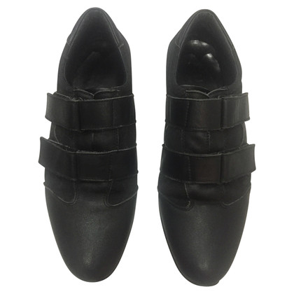 Gucci Sneakers in black