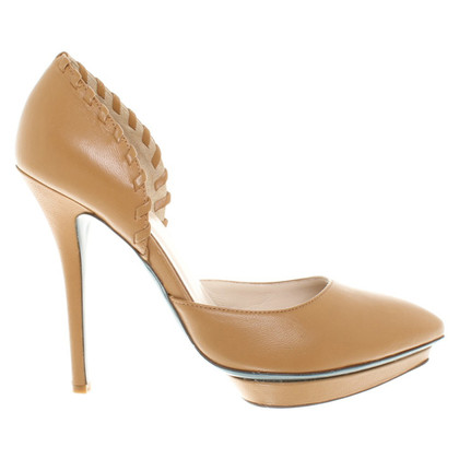 Patrizia Pepe pumps in oker