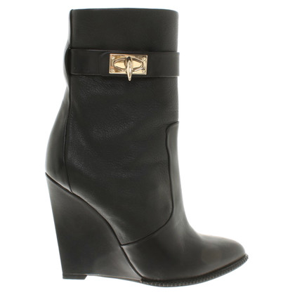 Givenchy Boots in zwart