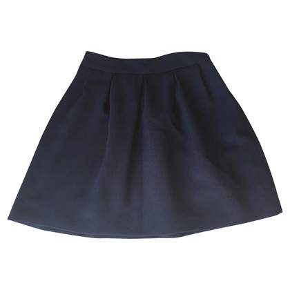 Bash mini-skirt