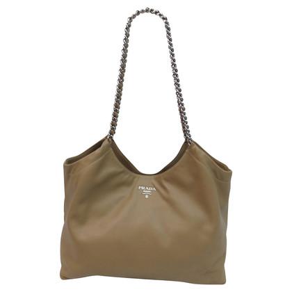 Prada Handtasche mit Kettenhenkeln