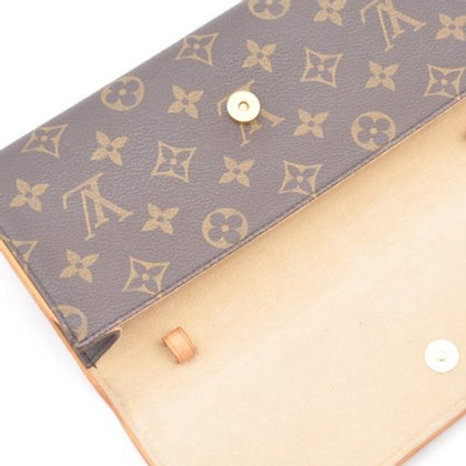 "Louis Vuitton ""Twin Pochette GM Monogram Canvas"""