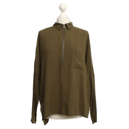 Set Blouse in olive