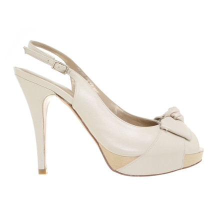 Stuart Weitzman Sandals in cream