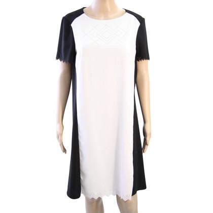Hobbs Dress in black / white