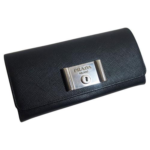 purchase cheap 9cc89 13e40 Prada Borsette/Portafoglio in Pelle in Nero - Second hand ...