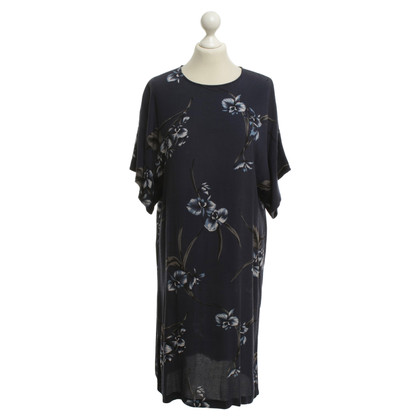 Ganni Oversize dress with floral print