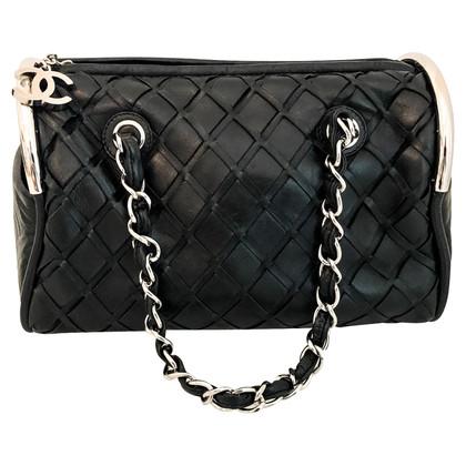 Chanel Leather handbag in black