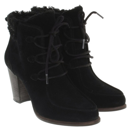UGG Australia Ankle boots in black