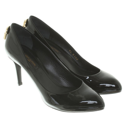 Louis Vuitton pumps in vernice