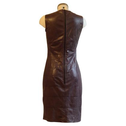 Strenesse Schede jurk gemaakt van leer