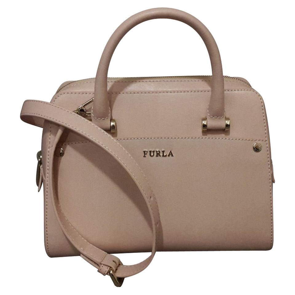 furla handtasche second hand furla handtasche gebraucht kaufen f r 230 00 1210409. Black Bedroom Furniture Sets. Home Design Ideas
