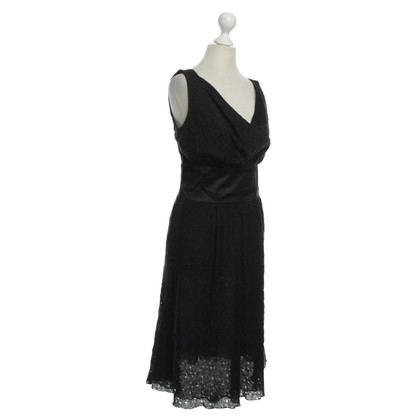 Armani Mouwloos lace dress