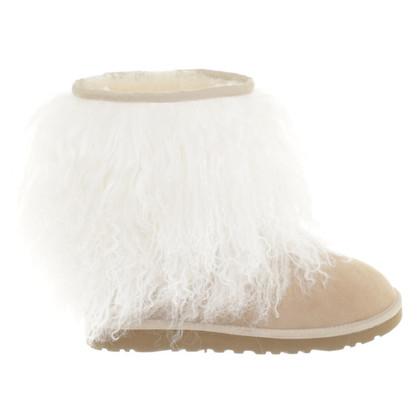 Ugg Stiefel mit Schafsfell