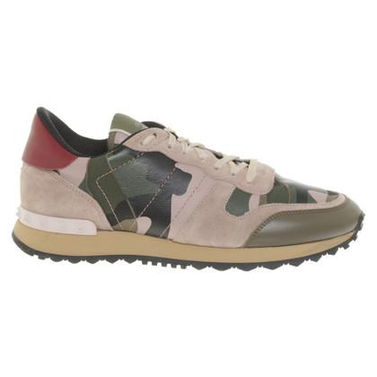 Valentino Chaussures de sport avec un motif de camouflage