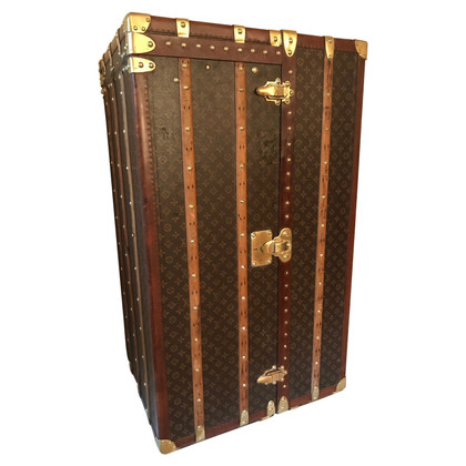 Louis Vuitton Antique trunk case from 1920