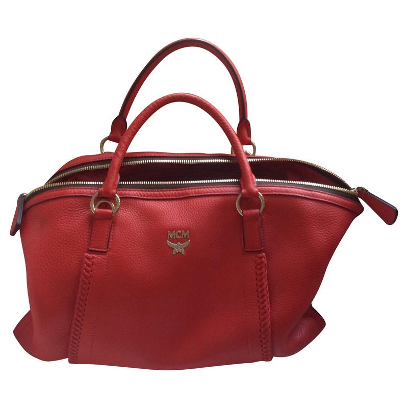 mcm tasche in rot second hand mcm tasche in rot gebraucht kaufen f r 395 00 91134. Black Bedroom Furniture Sets. Home Design Ideas