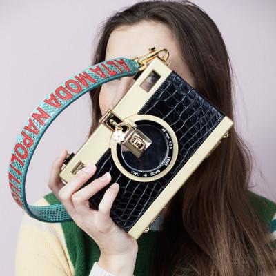 a999d0e5f4da Dolce   Gabbana Taschen Second Hand  Dolce   Gabbana Taschen Online ...